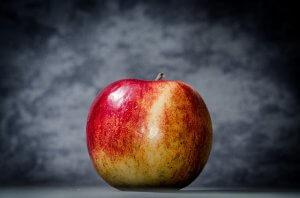 apple-256266_640