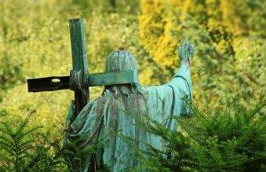 cemetery-1169701_640